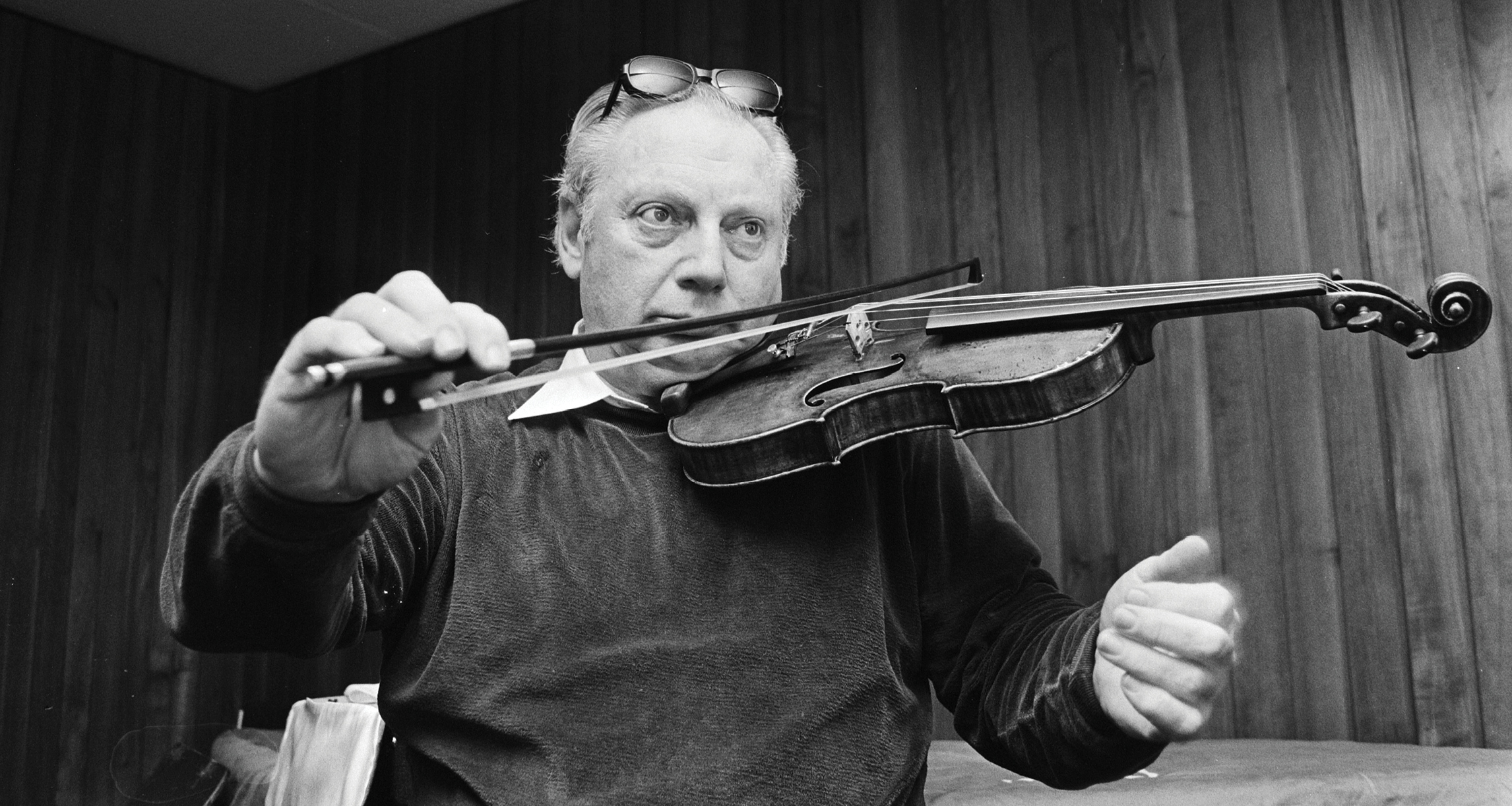 Violinist and pedagogue Isaac Stern Strings Magazine 30th Anniversary