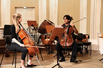 Amit-Peled-coaches-PSN's-Argentinian-principal-cellist-Julia-Dover-from-Peabody-3