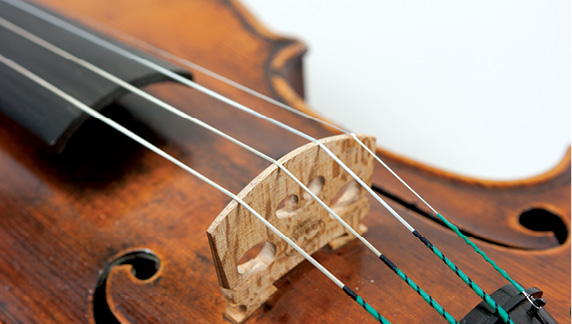 watch ac2fc be1f2 A Guide to Choosing the Right Violin Strings – Strings Magazine