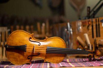 Baroque violin by Gabriela Guadalajara, Photo: David Thompson